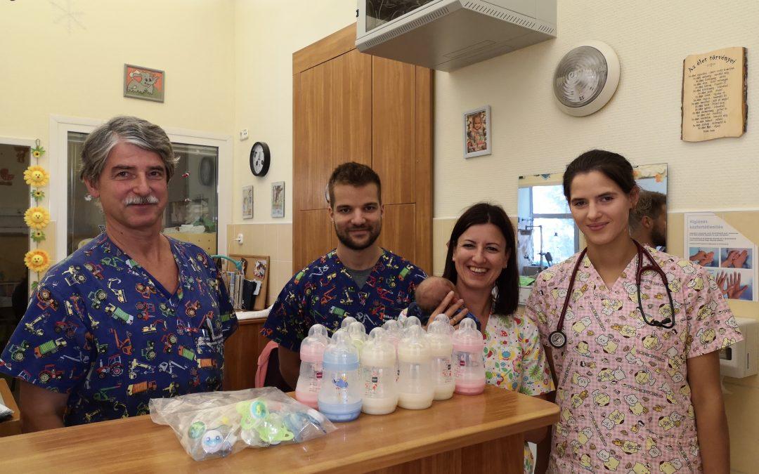 Fogyóeszközöket kapott az Újszülött Sebészeti Osztály és a Csecsemő Osztály